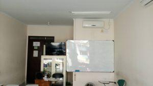 ruang kelas ber AC, Audio Video