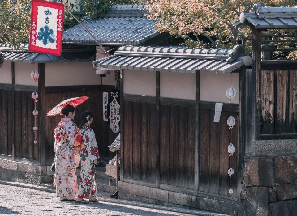 3 Cara Menyiasati Kendala Berbahasa Jepang Ketika Berada di Sana